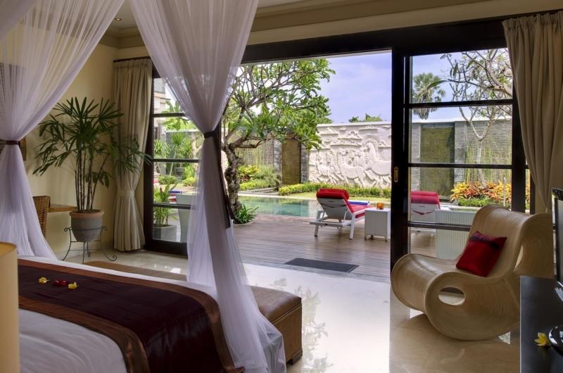 Bedroom with Pool View - Villa Lega - Seminyak, Bali
