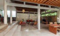 Living and Dining Area - Villa Liang - Batubelig, Bali