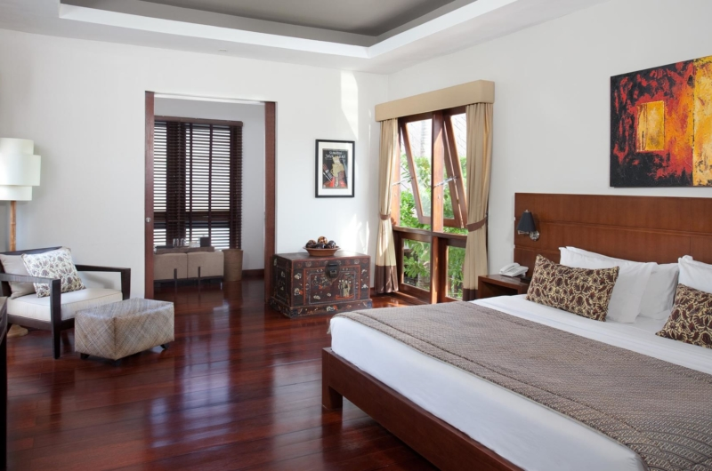 King Size Bed with Wooden Floor - Villa Lilibel - Seminyak, Bali