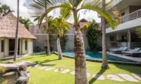 Lawns - Villa Lisa - Seminyak, Bali