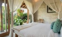 Bedroom with View - Villa Little Mannao - Kerobokan, Bali