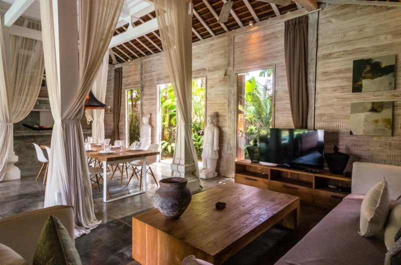 Living and Dining Area with TV - Villa Little Mannao - Kerobokan, Bali
