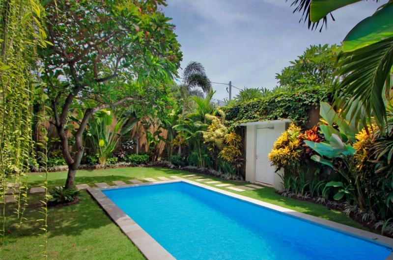 Swimming Pool - Villa Lodek Deluxe - Seminyak, Bali