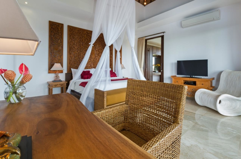 Bedroom with Study Area - Villa Luwih - Canggu, Bali