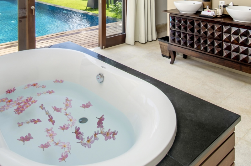 Bathtub with Pool View - Villa M - Seminyak, Bali