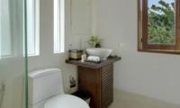 Bathroom with Mirror - Villa M - Seminyak, Bali