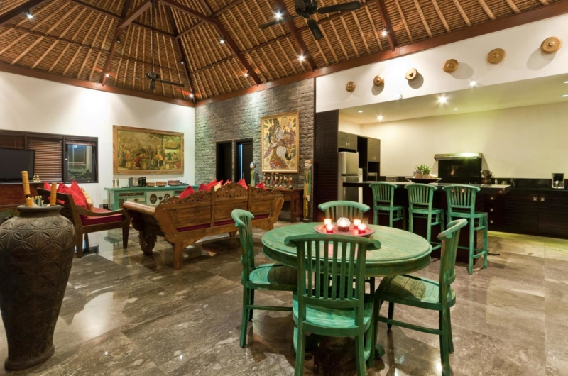 Living and Dining Area with TV - Villa Mahkota - Seminyak, Bali
