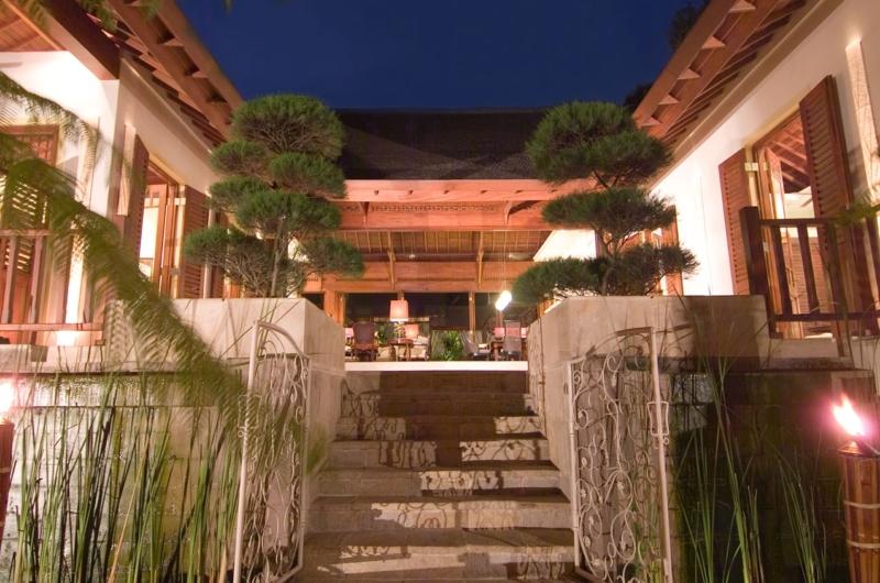 Up Stairs - Villa Mako - Canggu, Bali