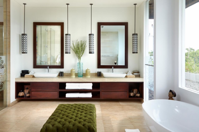 His and Hers Bathroom with Mirrors - Villa Malaathina - Umalas, Bali