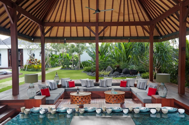Open Plan Living Area - Villa Malaathina - Umalas, Bali