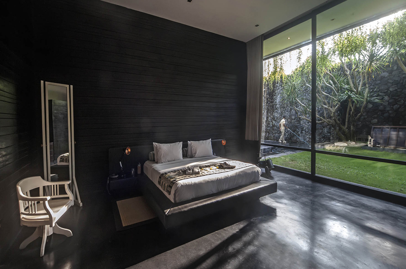 Spacious Bedroom with View - Villa Mana - Canggu, Bali