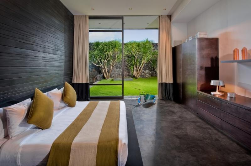 Bedroom with Garden View - Villa Mana - Canggu, Bali