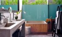 His and Hers Bathroom with Bathtub - Villa Mana - Canggu, Bali