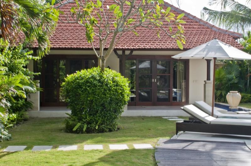 Reclining Sun Loungers - Villa Mango - Seminyak, Bali