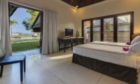 Twin Bedroom with Garden View - Villa Manis - Pererenan, Bali