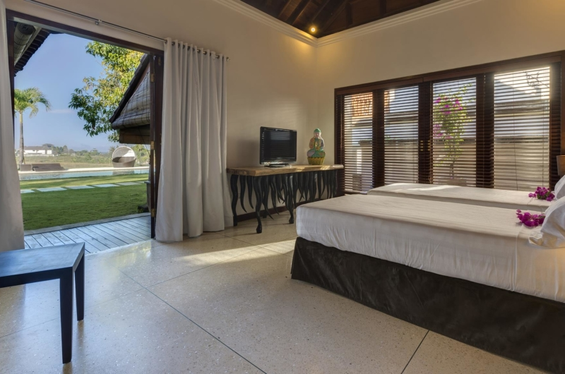 Twin Bedroom with Garden View - Villa Manis - Pererenan, Bali