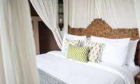 King Size Bed - Villa Mannao - Kerobokan, Bali