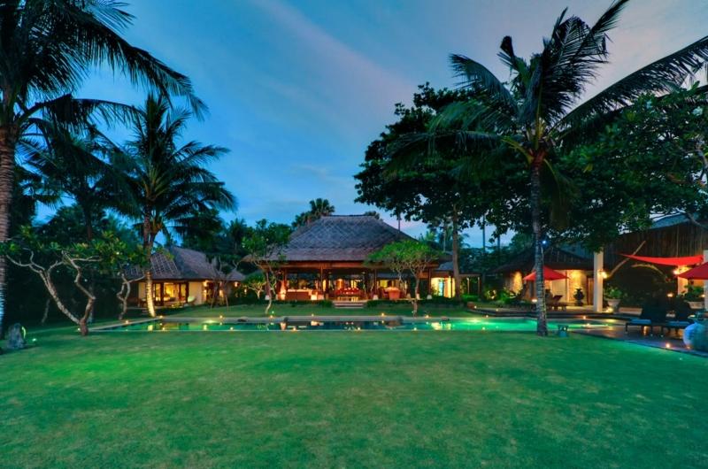 Gardens and Pool - Villa Maridadi - Seseh, Bali