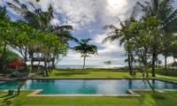 Swimming Pool - Villa Maridadi - Seseh, Bali