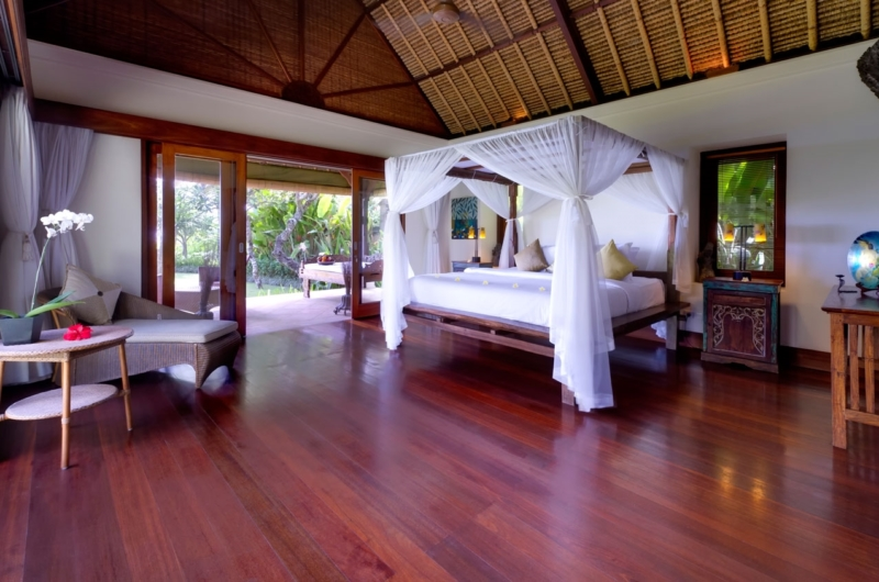 Bedroom with Wooden Floor - Villa Maridadi - Seseh, Bali