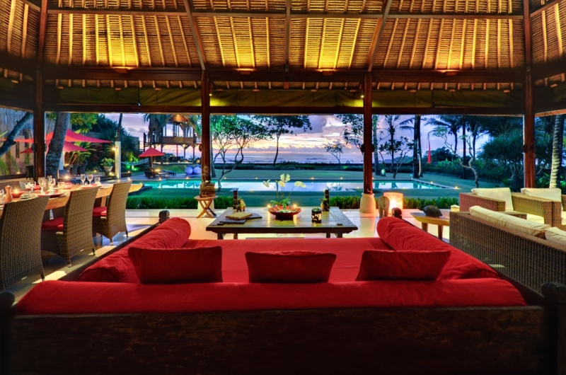 Living and Dining Area - Villa Maridadi - Seseh, Bali