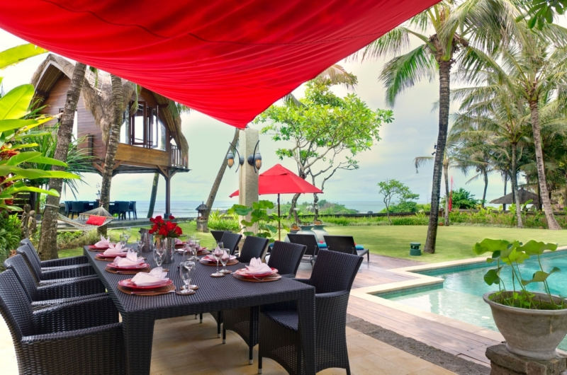 Pool Side Dining - Villa Maridadi - Seseh, Bali