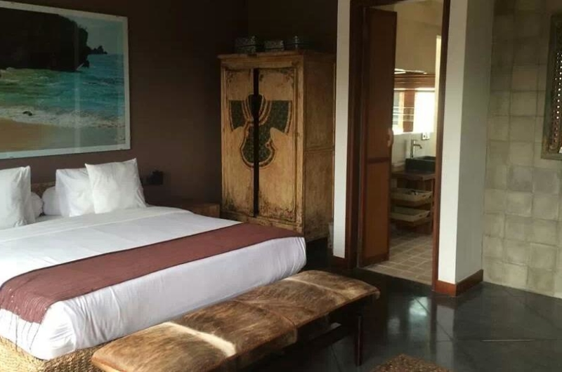 Bedroom and Bathroom - Villa Martine - Seminyak, Bali