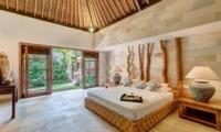 Spacious Bedroom - Villa Massilia - Seminyak, Bali