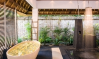 Bathroom with Shower - Villa Maya Retreat - Tabanan, Bali
