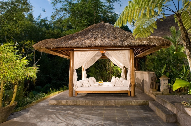 Outdoor Seating Area - Villa Maya Retreat - Tabanan, Bali