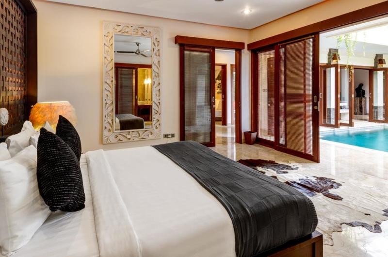 Bedroom with Pool View - Villa Menari Residence - Seminyak, Bali