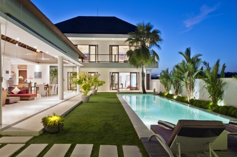 Gardens and Pool - Villa Merayu - Canggu, Bali