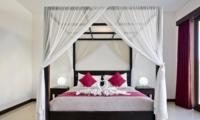 Four Poster Bed - Villa Merayu - Canggu, Bali