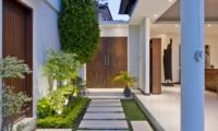 Pathway - Villa Merayu - Canggu, Bali