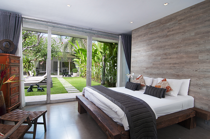 Bedroom with Garden View - Villa Mia - Canggu, Bali