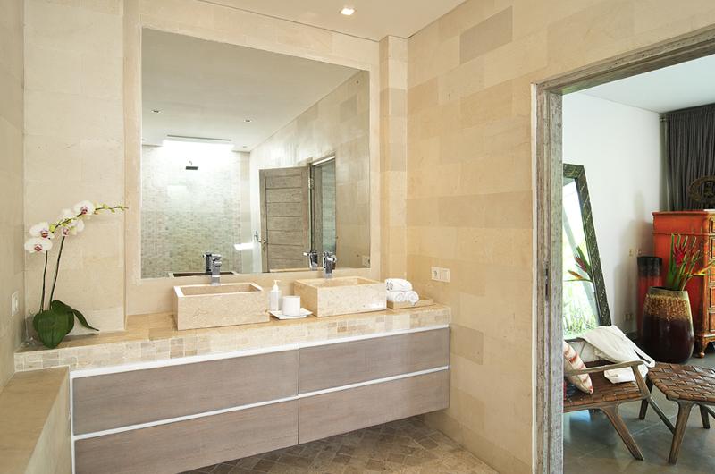 His and Hers Bathroom with Mirror - Villa Mia - Canggu, Bali