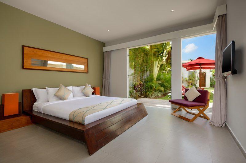 Bali Villa Miro 03Bedroom with Seating Area - Villa Miro - Seminyak, Bali