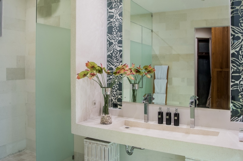 Bathroom - Villa Miro - Seminyak, Bali