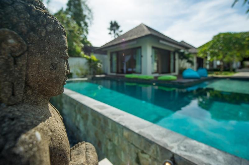 Pool Side Statue - Villa Nelayan - Canggu, Bali