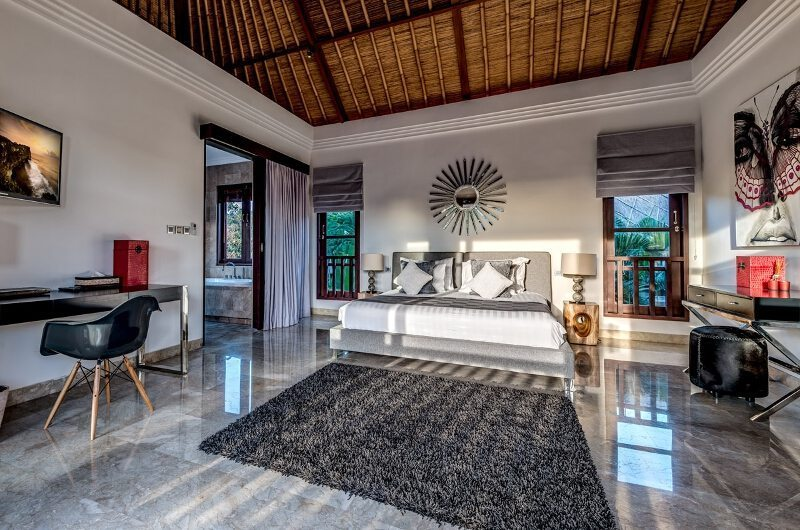 Spacious Bedroom with Study Table - Villa Nilaya Residence - Seminyak, Bali