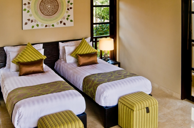 Twin Bedroom with Table Lamps - Villa Nilaya Residence - Seminyak, Bali