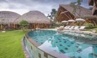 Gardens and Pool - Villa Omah Padi - Ubud, Bali