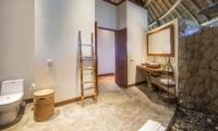 En-Suite Bathroom - Villa Omah Padi - Ubud, Bali