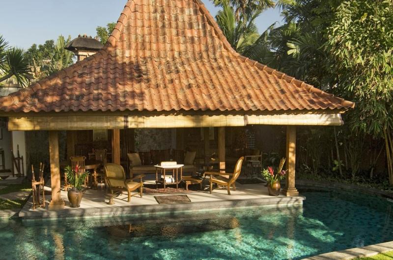 Pool Side Living Area - Villa Oost Indies - Seminyak, Bali