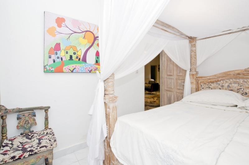 Bedroom with Four Poster Bed - Villa Orchid Sanur - Sanur, Bali