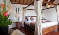 Four Poster Bed - Villa Origami - Seminyak, Bali
