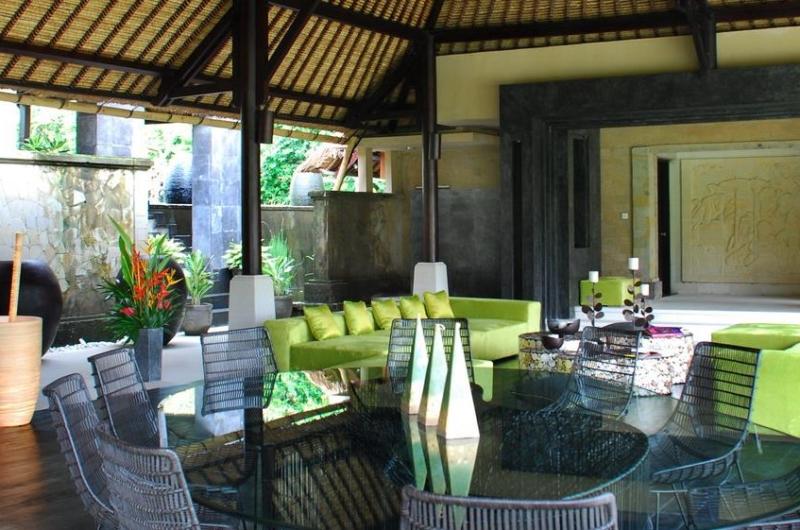 Dining Area - Villa Palm River - Pererenan, Bali