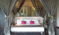 King Size Bed - Villa Palm River - Pererenan, Bali