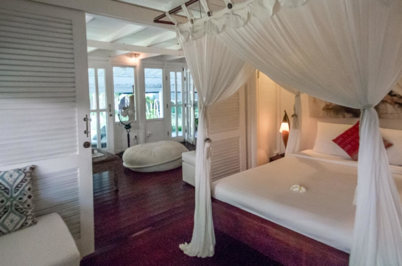 Bedroom with Wooden Floor - Villa Pandora - Seminyak, Bali