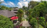 Pathway - Villa Pangi Gita - Pererenan, Bali